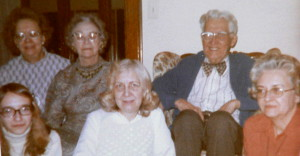 Miguel_Paige_Kline_family_photos_11_26_09_0001Cropped 300