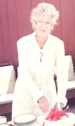 Gladys_Kline_my_grandmother 250